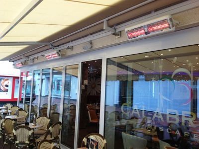 SOLAIRA-ALPHA-H2-UNDER-COMMERCIAL-AWNING
